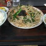 味一番 - 料理写真:肉ニラ炒め定食750円