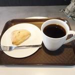the RAYHAM coffee - ハンドドリップコーヒー、チョコレートスコーン