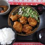 定食屋さん千 - からあげ定食・スパイス付き  税込¥800
