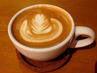 リドル コーヒーアンドバー - カフェラテ
