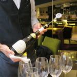 52589183 - サヴェラン ドメーヌ・ジュイヤール・ヴォルコヴィッキ 2007 フランス(栃木県大谷町天然地下蔵熟成ワイン)