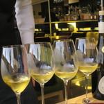 52589184 - サヴェラン ドメーヌ・ジュイヤール・ヴォルコヴィッキ 2007 フランス(栃木県大谷町天然地下蔵熟成ワイン)