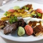 ステーキ&トラットリア カルネジーオ - ドルチェ盛り合わせ