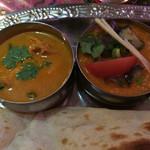 印度屋らんがる - カレーは2種類選べます。