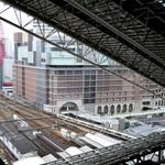 ザ プラチナム - 店内からは大阪駅が一望できます。
