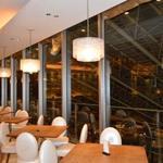 ザ プラチナム - ディナータイムでは梅田の夜景を見ながらお食事はいかがでしょうか。