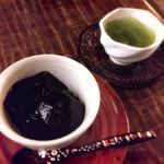 52610667 - 甘味 水あずきと冷煎茶