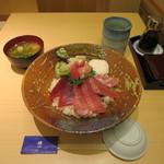 樽寿司  - トロブツ丼