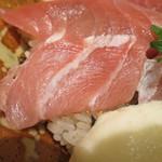 樽寿司  - 大トロアップ