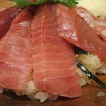 樽寿司  - 中トロアップ