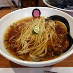 エンターテイ麺ト スタイル ジャンク ストーリー エムアイ レーベル - 醤油らーめん