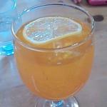 モッコ - ランチのドリンク(オレンジソーダ?)