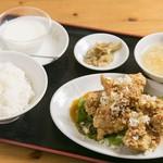 福菜 - 鳥のから揚げ定食
