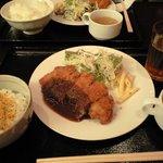 Cafe & Kitchen 米米食堂 - 日替わり定食(680円)ご飯は普通サイズ。大盛りは、小どんぶりぐらいのサイズでした。
