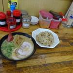 金太郎ラーメン - 焼き飯セット800円+トッピングシナチク200円