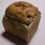 すぎうらベーカリー - お米のくるみパン