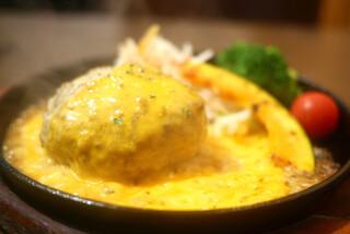 Grillマッシュ - ふっくらハンバーグ ハニーマスタード&チェダーチーズ