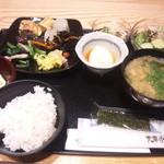 52696778 - 朝食