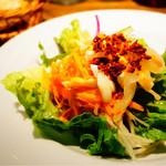 52699215 - 野菜も卵もしっかり食べられるもりもりサラダ(*´ω`*)