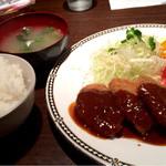 キッチンバー ガンプ - 限定10食 ビーフカツ&海老フライ 850円