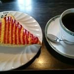 珈琲屋らんぷ - 朝7時から昼12時迄 ドリンクの値段でエッグトーストが付きます‼