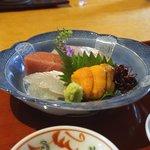 御料理 樋渡 - 北海道雲丹、兵庫メイタガレイ、鳥取本鮪、兵庫タイ、長崎アマダイを軽く炙って