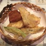 旬菜旬肴 きらり - 旬の天ぷら盛り合わせ