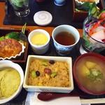 シズク カフェ&スクール - しずくランチ☀️1350円