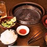 近江牛亭 - 焼肉ランチ(焼肉定食)