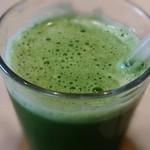 bills - bills グリーン 数種類の野菜が入ったjuice☆