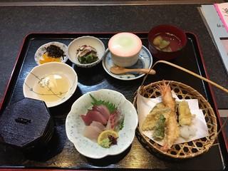 魚もん屋 - 魚門定食 デザート+コーヒー付き