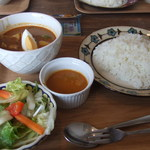 Gallery Cafe & Curry 紅屋