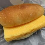 Camelback sandwich&espresso - すしやの玉子サンド2