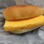 Camelback sandwich&espresso - すしやの玉子サンド1