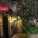 カフェ ラ・ボエム - エントランス前の雰囲気