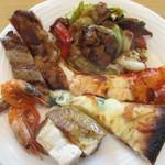 空桜 - 北海道チーズのピザやラム肉の回鍋肉も
