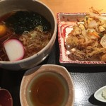 52736219 - 月見そば(620円)+野菜かき揚げ(540円)