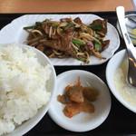 中国料理 東昇餃子楼 - 日替り定食 ニラレバー炒め700円