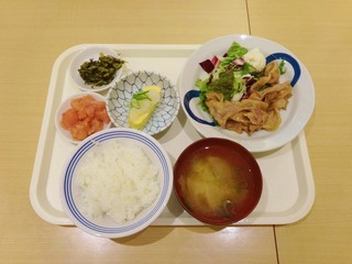 博多ふくいち 八重洲店 - 豚の生姜焼き定食