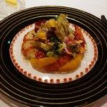 レストラン・パッション - がすべ産オマールエビとフルーツのサラダ