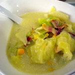 大喜 - キャベツととうもろこしのスープです