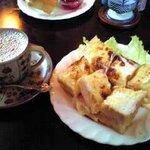 カフェ ド トレボン - クロックムッシュサンドとカフェオレ