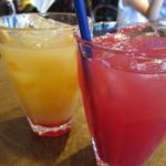 ファンゴー - クランベリーパインとトロピカルミックスジュース