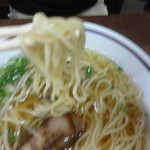 52741306 - 麺上げ(ピンボケ)