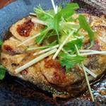 海鮮居酒家 七福水産 - まぐろテールのガーリックステーキ(240円@感謝祭)