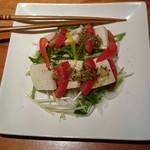 猿蔵 - 胡麻とうふとトマトのセロリサラダ