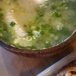 入船寿司 - 魚の味噌ソープ!