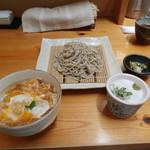 文ろく - 料理写真:ランチタイムメニューの 小海老天とじ丼セット