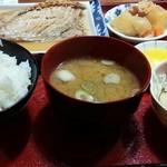52754783 - 充実のさば味噌煮定食は780円♪