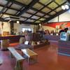 丹波 大石酒造 - 内観写真:展示室とイケメンマネキン
